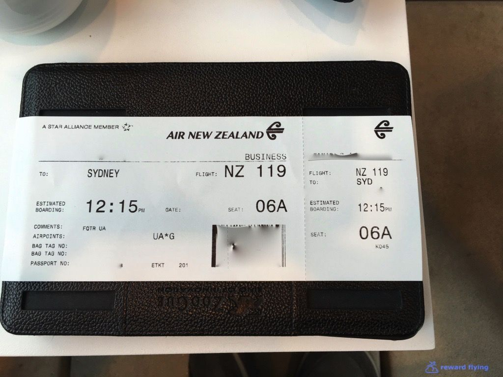 photo nz119 boarding pass 1